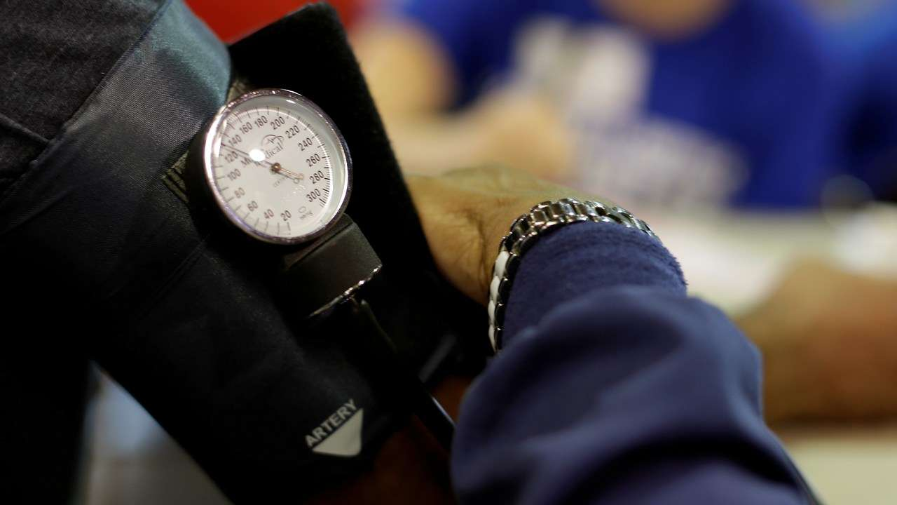 RESEARCHERS DEVELOP ALGORITHM TO PREDICT BLOOD PRESSURE USING MACHINE LEARNING