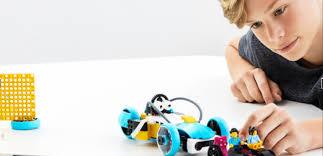 Tips and tricks for teaching virtual robotics