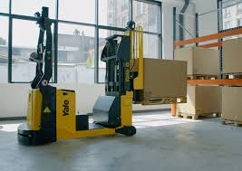 Robots reduce training time in material handling sector, says Yale