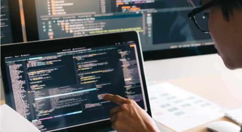 Java supera Python na classificação de linguagem de programação da Tiobe
