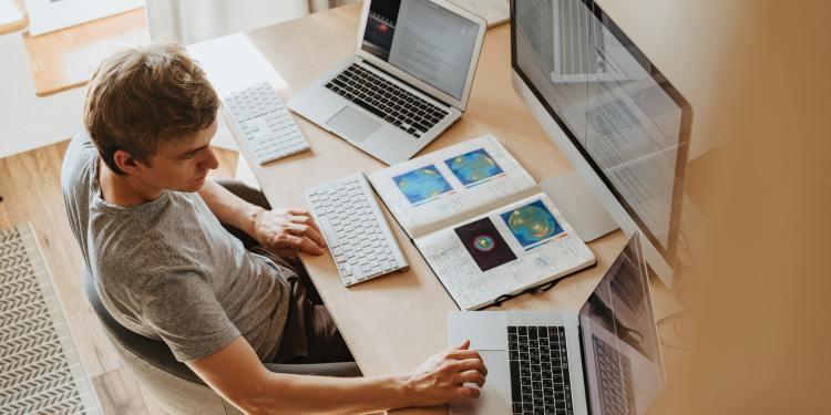 Index Tiobe: Python roste na úkor Javy