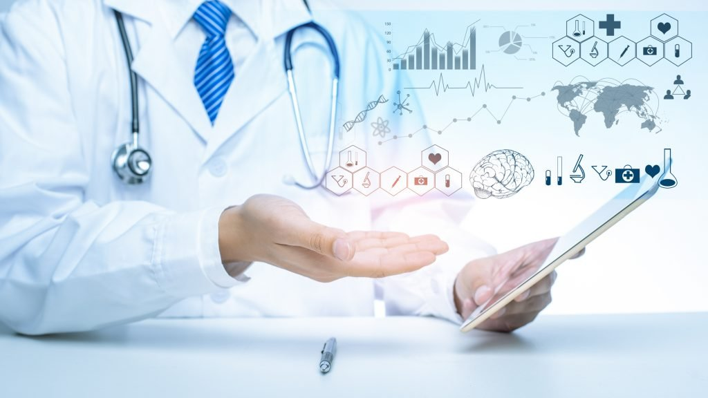 5 AI APPLICATIONS TO OPTIMIZE HEALTHCARE DATA MANAGEMENT